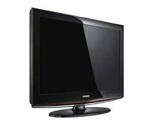 """Samsung 32"""" Flat Screen With Remote"""