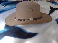 Very elegant hat for gentleman. New. £3 only. Hackney, East London