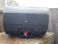 2 motorcycle trunks for £5, used. Hackney, East London