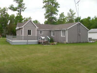 2 BR Lake Wpg cottage weekly rental Only June 24-July 7 left