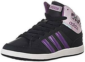 LOOKING   FOR  GIRL'S SIZE 1  BASKETBALL  SNEAKERS
