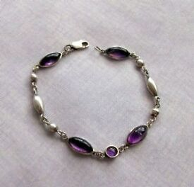 Sterling/Amethyst Cabochon Bracelet