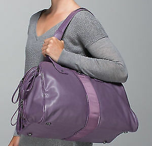 "Lululemon ""Two Times A Yogi"" Gym Shoulder Zinfadel Purple Bag"