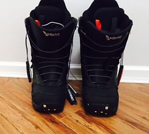 Burton Boots - In great condition!