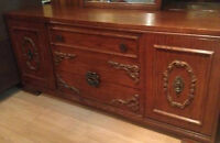 VINTAGE PRINCEVILLE SIX PIECE BEDROOM SET