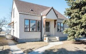 PRICE REDUCED by $10,000 4 BRS.DOUBLE GARAGE.$189,900