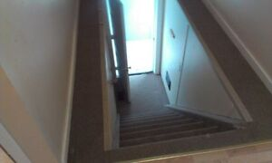 2 Bedroom Upstairs Hanmer Loft Apartment for Rent