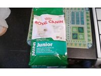 Royal Canin Small Dog Junior 2KG Puppies Up To 10 Months Old New Sealed Dog Food