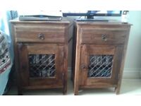 Antique solid oak set of two bedside tables high quality