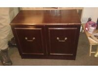 old tv cabinet, its not really a looker but could server a purpose