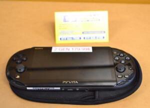 k035889 Console PS VITA sony noir 8 GB avec étuis INSTANTCOMPTANT