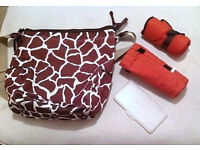 -oioi- Changing Bag , Giraffe Print
