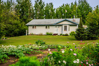 Beautiful and Affordable Acreage Living at it's Best!