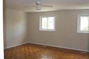 Centrally Located Waterloo 3 Bedroom with Inlaw Suite Kitchener / Waterloo Kitchener Area image 7