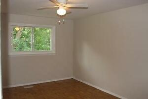 Centrally Located Waterloo 3 Bedroom with Inlaw Suite Kitchener / Waterloo Kitchener Area image 10