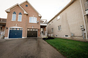 Great Opportunity In Sought After Area Of Olde MeadowvaleVillage