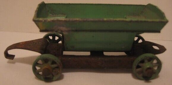 Old 1933 Tootsietoy Side Dump Tipper for Mack Contractors Set