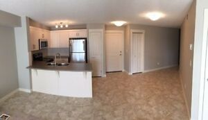 NEW 2 BED, 2 BATHS WITH FULL LAKE ACCESS