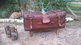 ANTIQUE LEATHER SUITCASE / TRUNK / CHEST / STORAGE - COFFEE TABLE - HOME DECOR