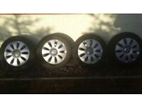 Wheel rims and winter tyres in a very good condition, size 205 x 60 x 16 (continental).