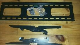 """TV wall bracket fits 42"""" TV and above"""