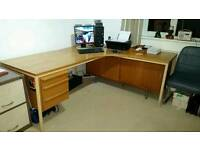 Office corner desk with 3 drawers