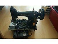 vintage electric singer sewing machine K99.