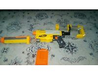Nerf recon cs-6 including accessories.