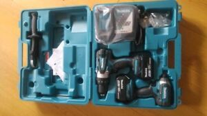 Ensemble de Drill (perceuse) + Impact Makita DLX2005M NEUF !!