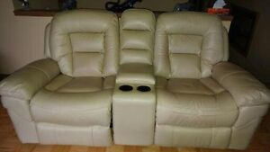 Rocker/recliner loveseat with console