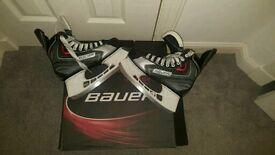 Hockey boots