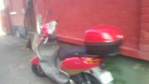 2010 PIAGGIO FLY 150 $2000 or best offer