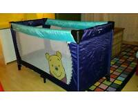 Hauck Travel cot - winnie the pooh