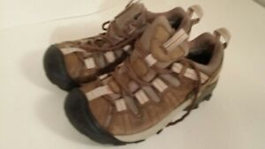 KEEN - chaussure - femme taille 7 ou 37.5
