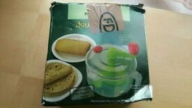 2 in 1 manual roti / chapati dough maker /salad maker