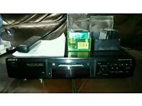 Sony MDS JE640 minidisk player