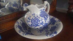 Vases plats décoratifs flow blue flou blou soupière