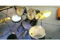 Fender Stratocaster Drum Set