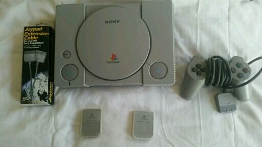 Sony playstation 1 ps1 20 games. memory cards. gun