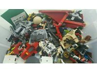 10kg (approx) of mixed Lego + LOTS of extras!