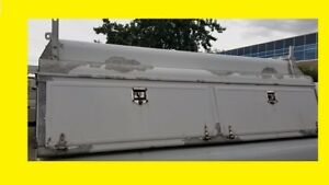 COMMERCIAL SERVICE BODY TOPPER  FOR 8 FOOT BOX NO RUST