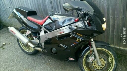 Yamaha fzr 600 (old R6) sports superbike