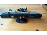 Xbox 360 Kinect Sensor + 8 games
