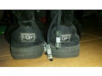 Ugg snowboots with tassles size 6