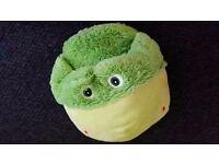 Childrens frog slipper