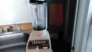 Iona old Blender with Glass Jar