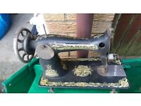 Vintage Singer Sewing Machine, No Table or box, Sold as seen