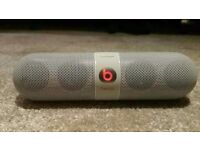 Beats by Dr. Dre · Bluetooth, Wireless, Portable · 2 Channel · Microphone