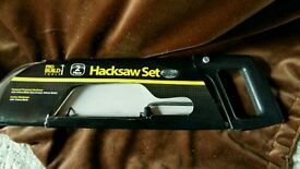 Hacksaw twin set