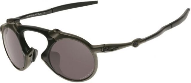 NEW Genuine OAKLEY MADMAN Carbon Polarized Prizm Daily Men Sunglasses OO 6019-05